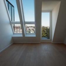 roik_architekt_hamburg_dachgeschossausbau_gruenderzeithaus_innenraum