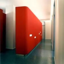 roik_architekt_hamburg_planung_entwurf_innenarchitektur_arzpraxis_kinderarztpraxis_lichtkonzept_beleuchtungskonzept_flur