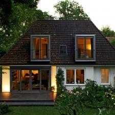 roik_architekt_hamburg_efh_einfamilienhaus_umbau_glas_abend2