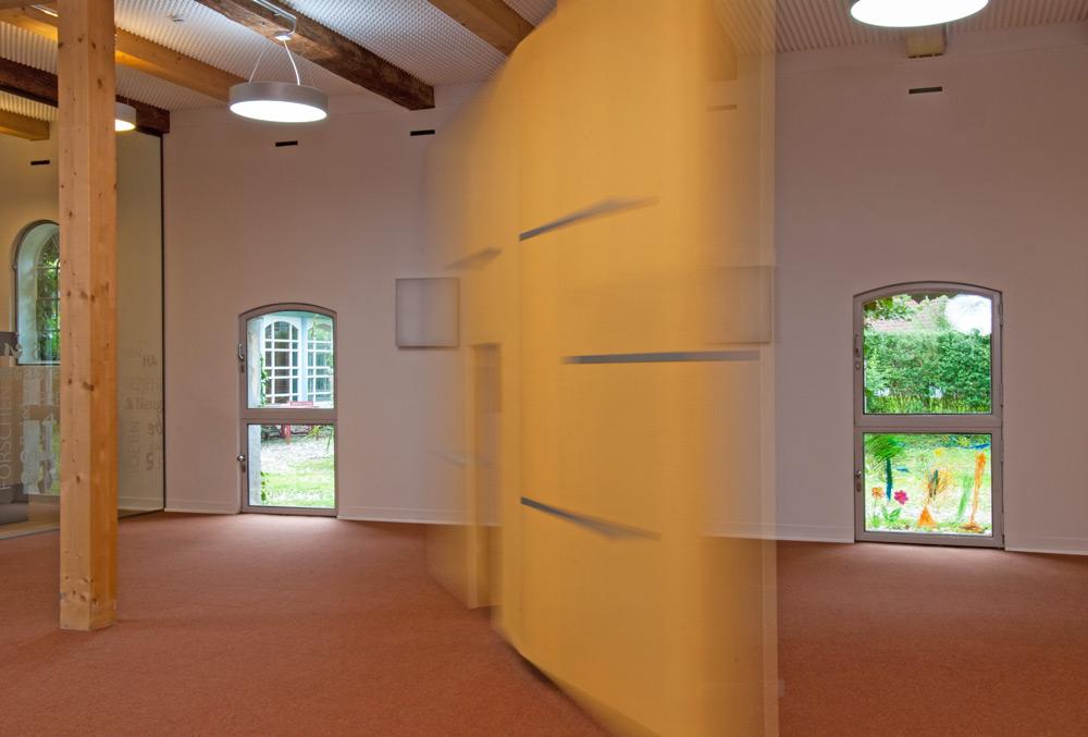 Drehbare Wände in KITA von Roik Architekt Hamburg