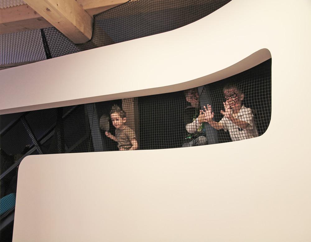 Ausblick von Rückzugsebene in KITA von Roik Architekt Hamburg