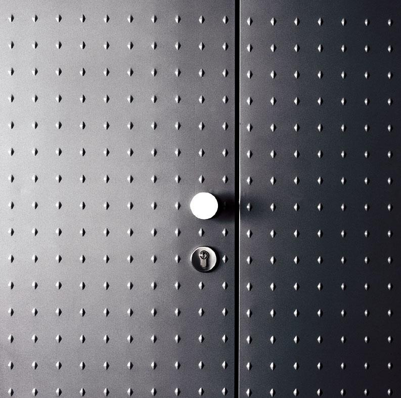 Struckturblech Tür