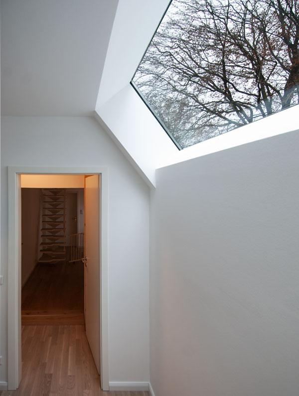 Oberlicht Ankleide im Anbau Kein Kubus von Roik Architekt Hamburg