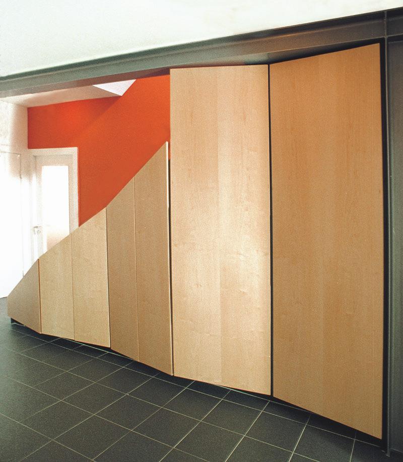 Ansicht Treppenverkleidung nach Umbau durch Roik Architekt Hamburg