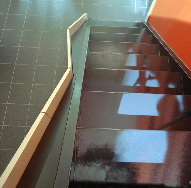 Treppe EFH von Oben nach Umbau durch Roik Architekt Hamburg